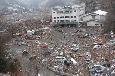 被災地の現状の教育課題 | 被災地の放課後学校 コラボ・スクール